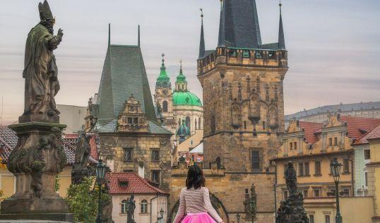 Златна есен в Прага с полет от Варна